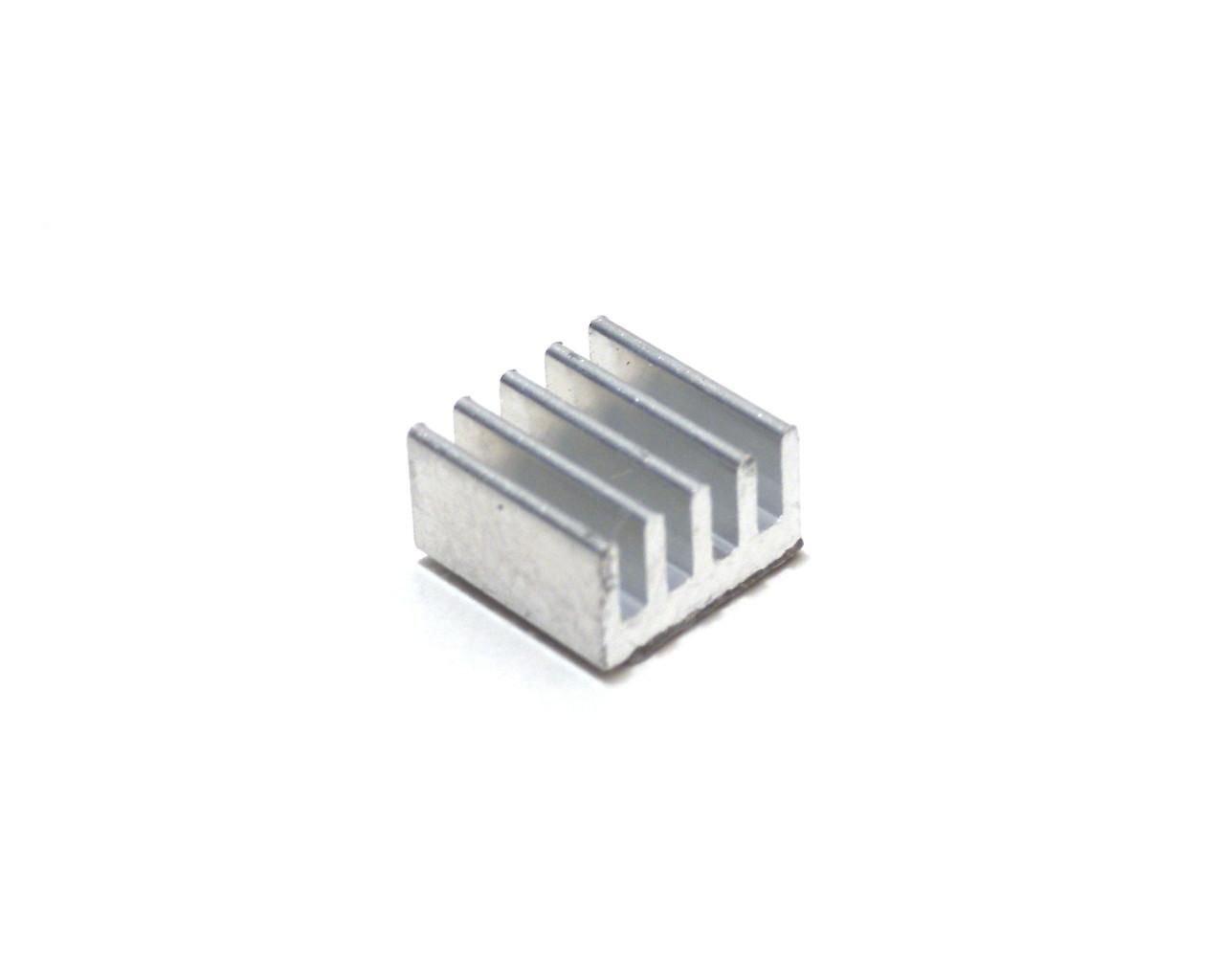 Dissipateur thermique pour drivers moteur